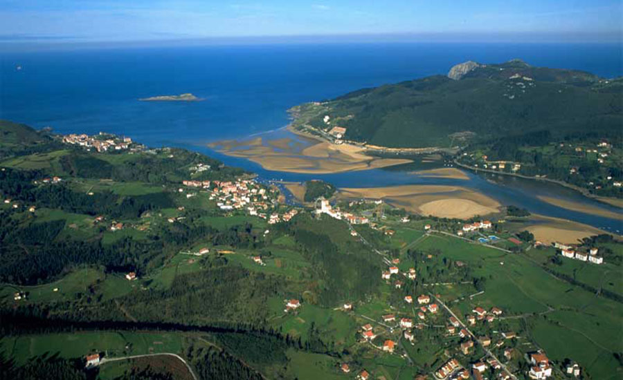 charming-hotels-spain-basque-country-urune_destino_2