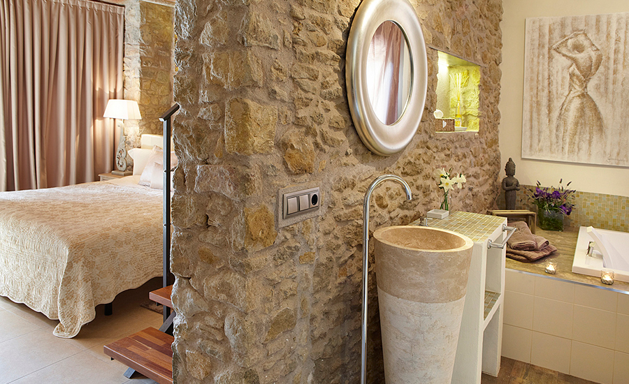 raco-madremanya-gerona-catalonia-coast-boutique-hotel-hotels-spain-charming-holiday-vacation-trip-travel-privately-owned-accommodation-suite-5